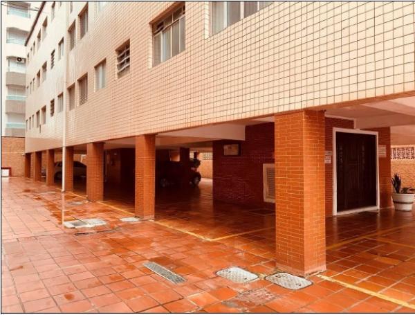 Apartamento padrão 65 m²